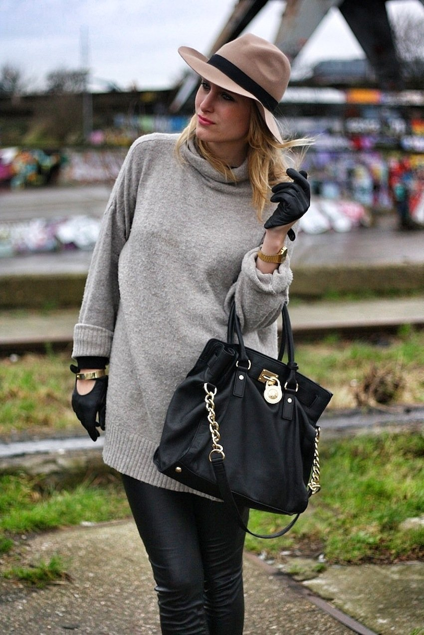 oversized zara sweater