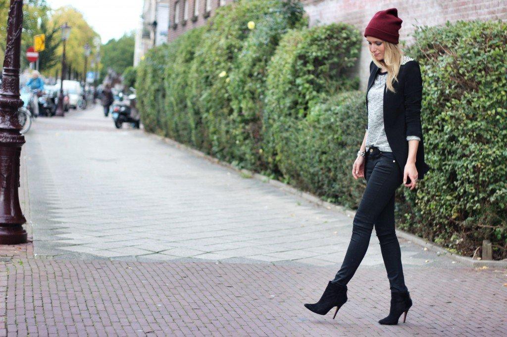 spike blazer zara-studs-beanie-zara jeans