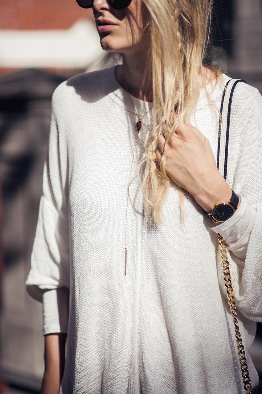 minimaliste boutique necklace